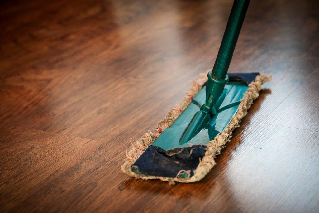 limpiar madera con aceite
